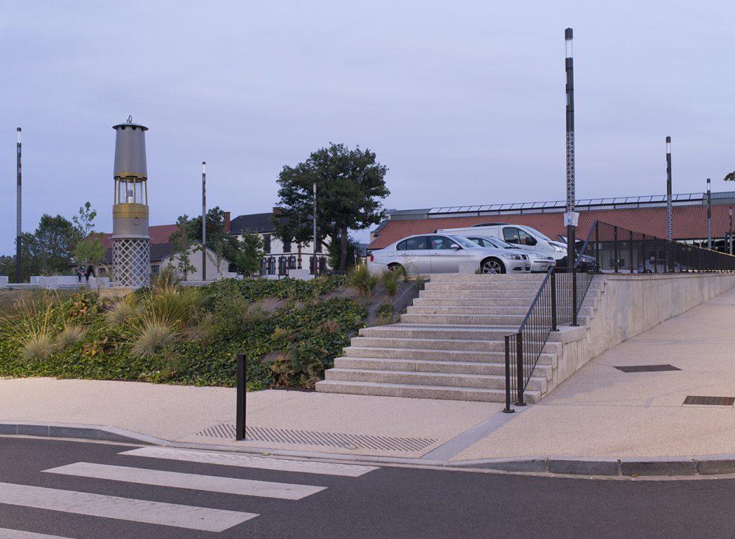 Place Duval et de Gaulle, Rue Jean Jaures 4